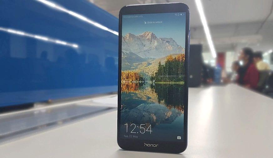 Рис. 8. Honor 7A – безрамочный смартфон, смотрящийся намного дороже своей цены.
