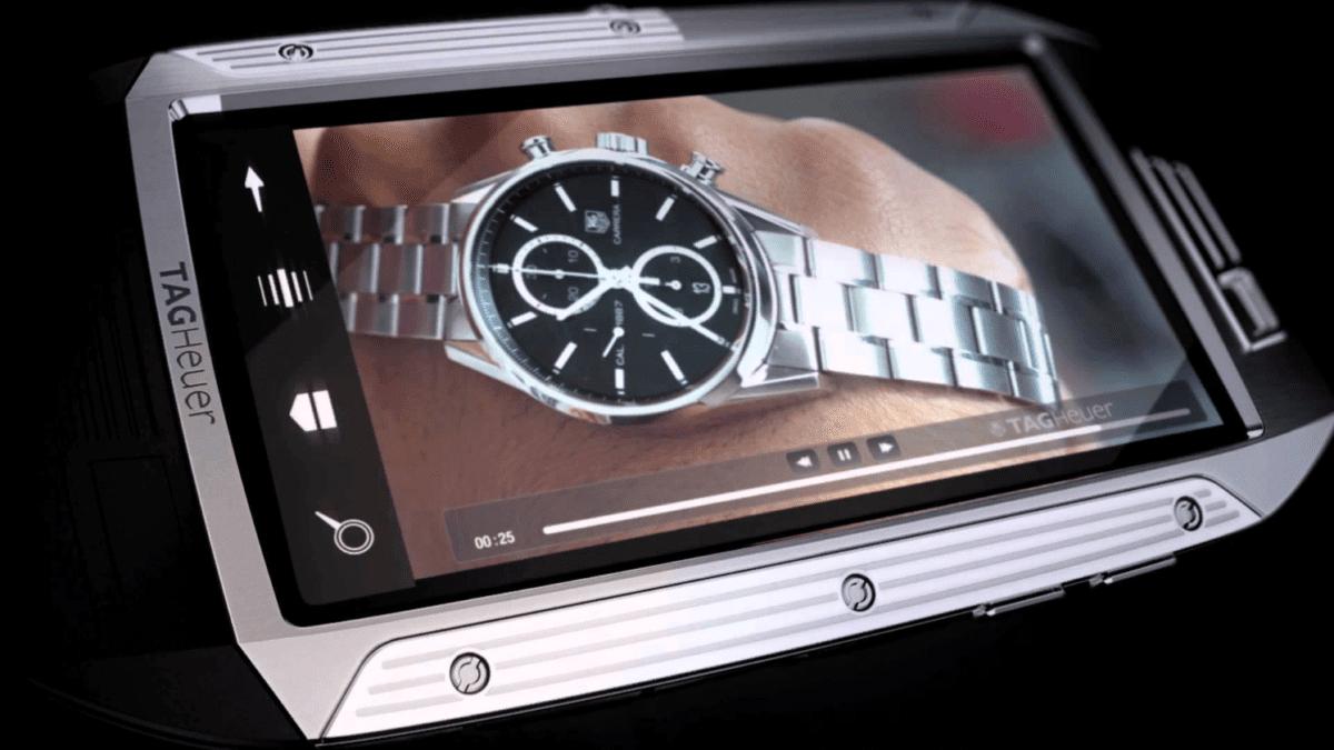 Рис. 12. Модель Heuer Link от бренда TAG – один из самых защищённых премиальных смартфонов.