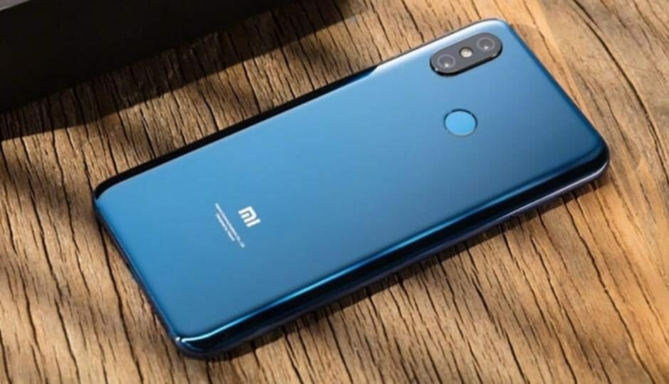 Рис. 1. Xiaomi Pocophone F1 – почти бюджетный смартфон с топовым процессором.